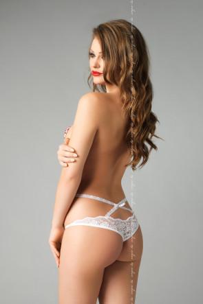 Martina String